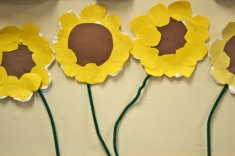"""paper plate sunflowers"""