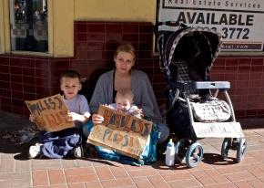 """""""Homeless mom"""""""